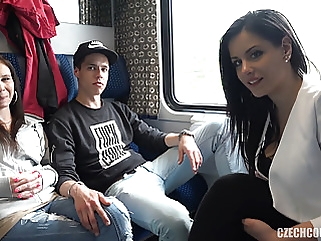 Foursome Sex in Public TRAIN hardcore