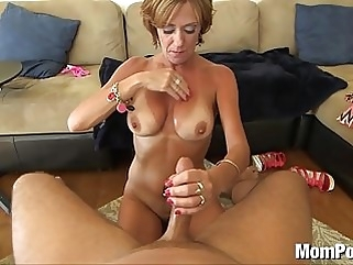44 year old big tits cougar takes facial facial