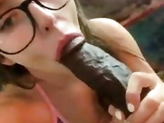 Nerdy White Girl Sucking Huge Dusky Cock blowjob