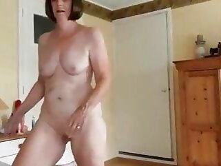 Amateur Granny Anally fucked smoothly anal